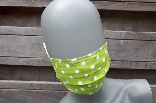mondkapje groen met witte stippen