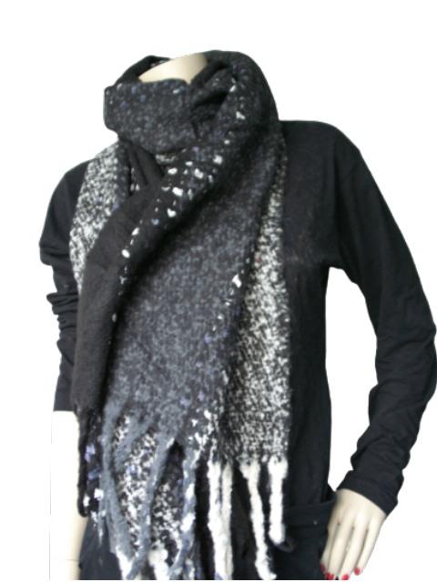 Sjaal zwart wit grijs gemeleerd duidelijker